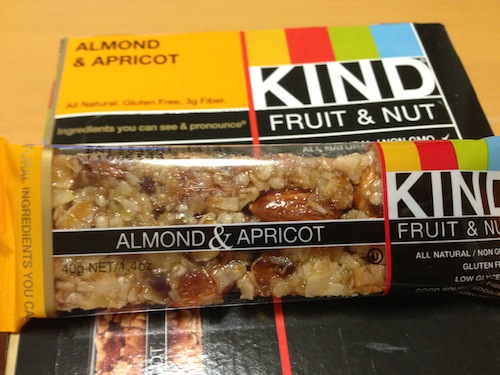 kind healthy snaks almond apricot