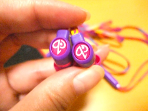 fire swirl earbuds2
