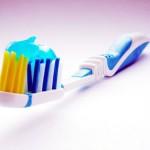 職場の「置き歯ブラシ」清潔ですか?UV殺菌ハブラシケースがおすすめ